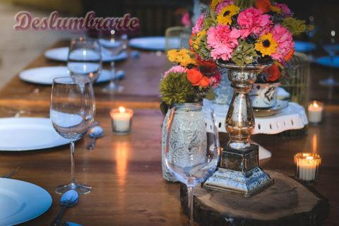 Cuanto espacio ocupan los invitados dentro de un salón en una fiesta formal.